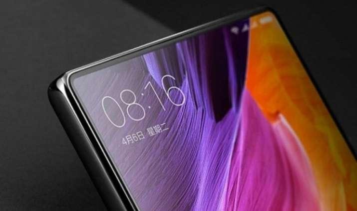 Xiaomi लॉन्च करने वाली है iPhone X जैसा स्मार्टफोन, सोशल मीडिया साइट वीबो पर लीक हुई तस्वीरें- India TV Paisa
