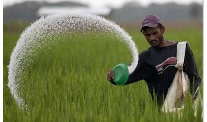 नए साल से पूरे देश में किसानों के खातों में आने लगेगा उर्वरक सब्सिडी का पैसा- India TV Paisa