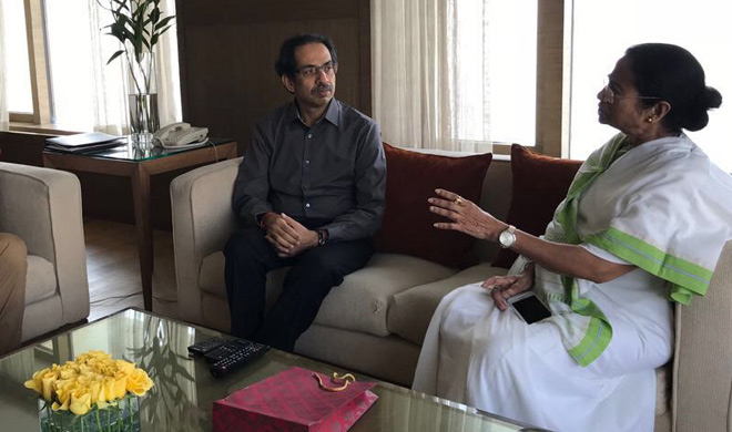uddhav and mamata banerjee- India TV