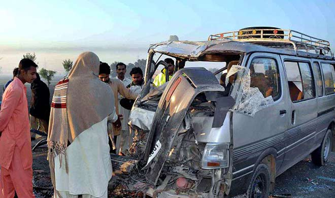 Pakistan 8 members of family returning from Haj pilgrimage...- Khabar IndiaTV