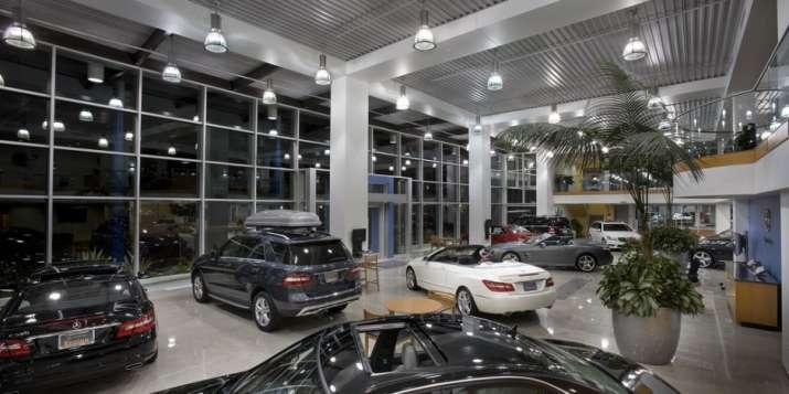 car showroom- India TV Paisa