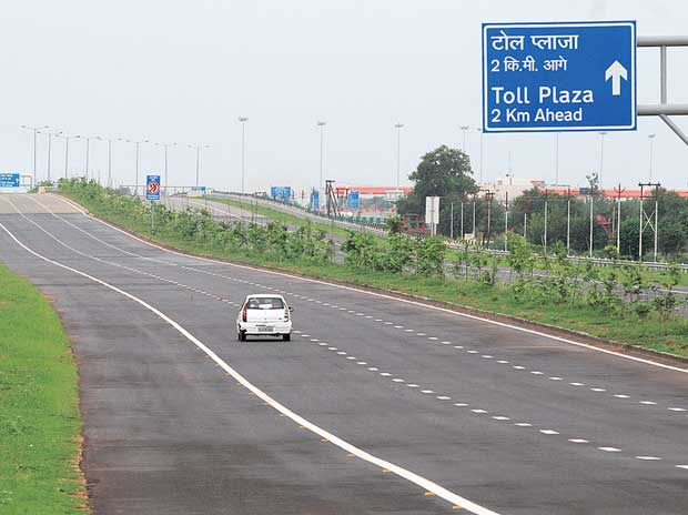 toll plaza- India TV Paisa