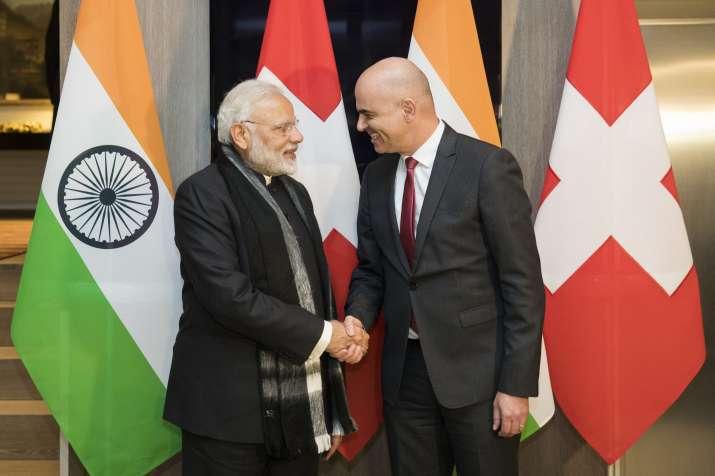 PM MODI IN DAVOS- India TV Paisa