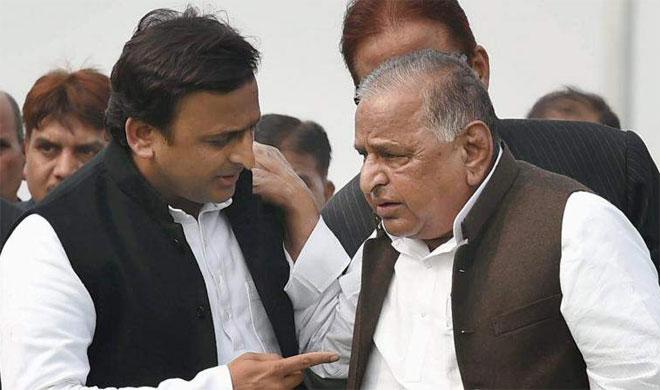Akhilesh Yadav and Mulayam Singh Yadav | PTI- India TV