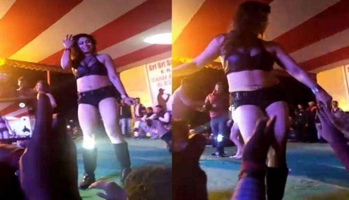 Bihar-BN-college-hosts-obscene-dance-on-pretext-of-Saraswati-Puja-jagran- India TV