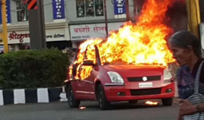 Padmaavat-Protest-Karni-Sena-activists-unknowingly-set-fire-to-fellow-activist-car-in-Bhopal- India TV