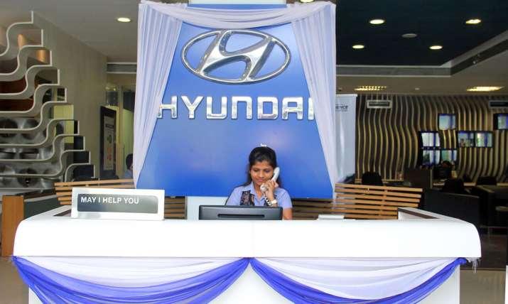Hyundai Showroom- India TV Paisa