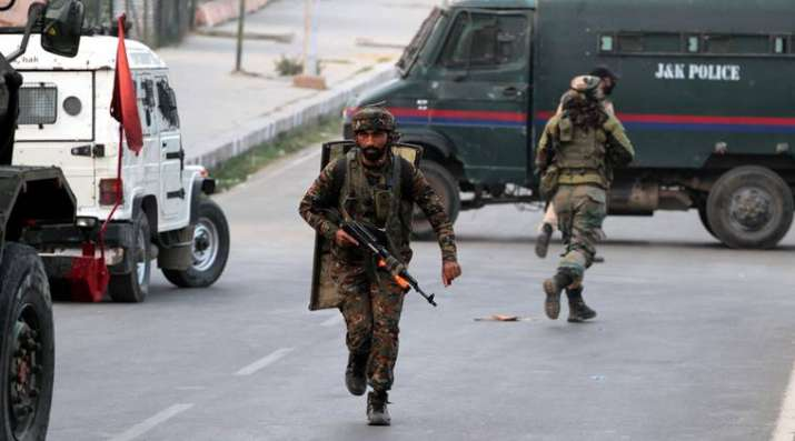 Militants-planning-major-fidayeen-attack-in-Kashmir-this-Republic-Day- India TV