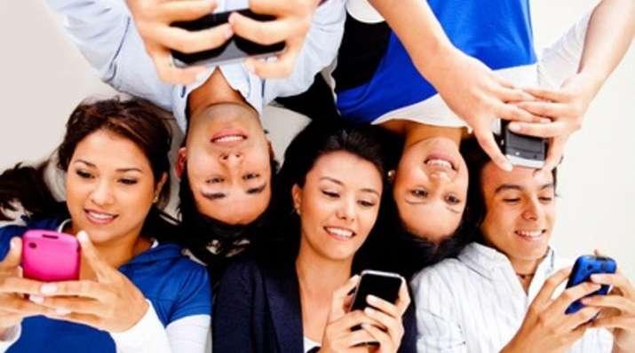 mobile users- India TV Paisa