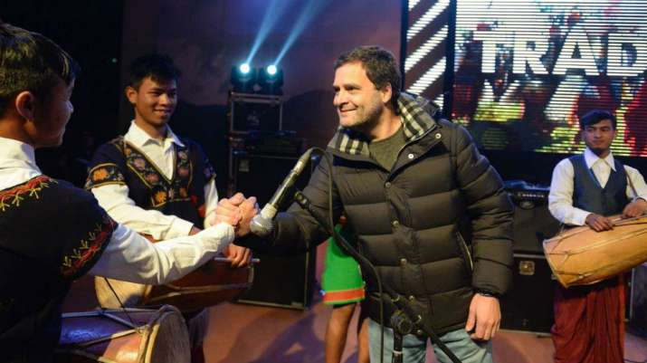 Meghalaya-Rahul-Gandhi-becomes-a-Rockstar-to-woo-voters-BJP-raises-finger-on-his-jacket- India TV