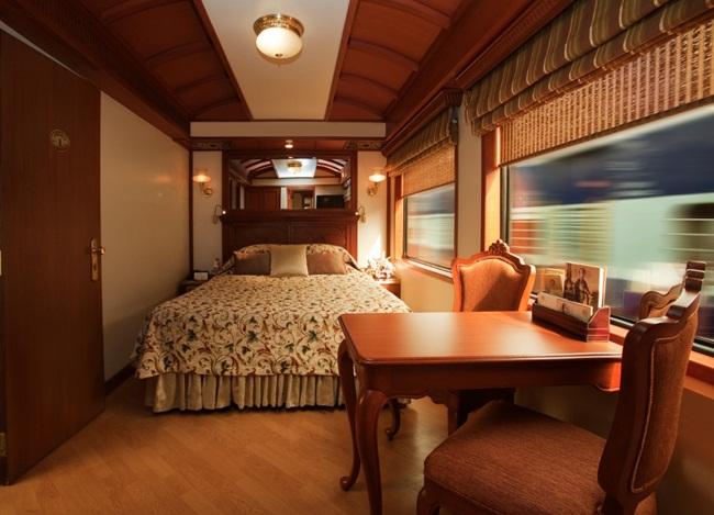 luxury train - India TV Paisa