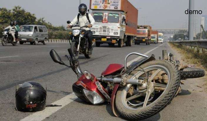 Four-of-family-die-in-Unnao-road-accident- India TV