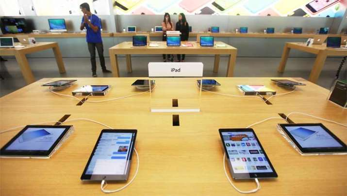 mobile phones turn costalier- IndiaTV Paisa
