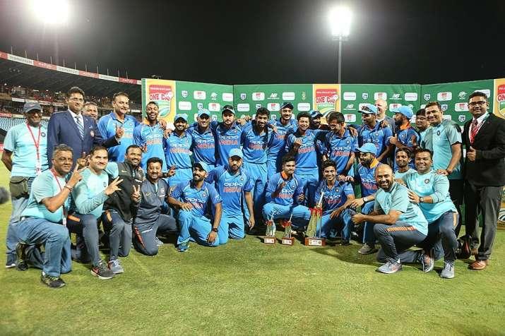भारती क्रिकेट टीम...- India TV