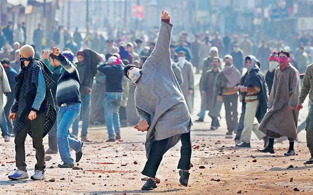stone pelters- India TV