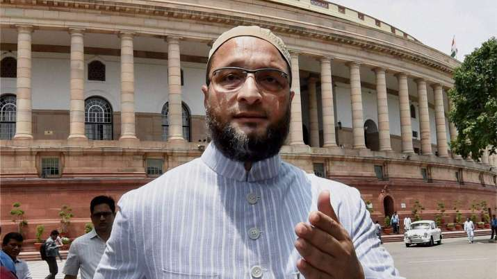 Asaduddin Owaisi-says-punish-anyone-calling-Indian-Muslim-Pakistani- India TV