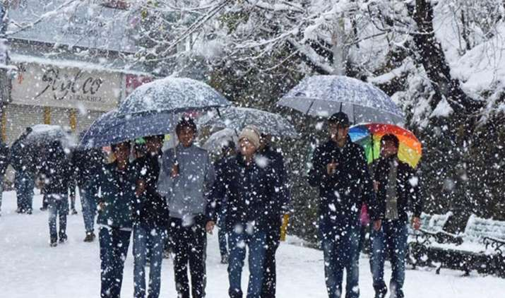 Cold-tightens-grip-in-Himachal-Pradesh-after-more-snow- India TV