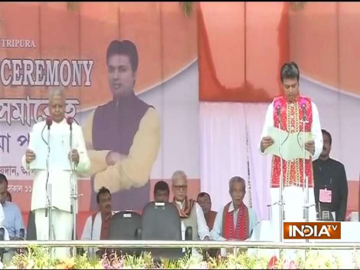 Biplab-Deb-sworn-in-as-Tripura-CM- Khabar IndiaTV