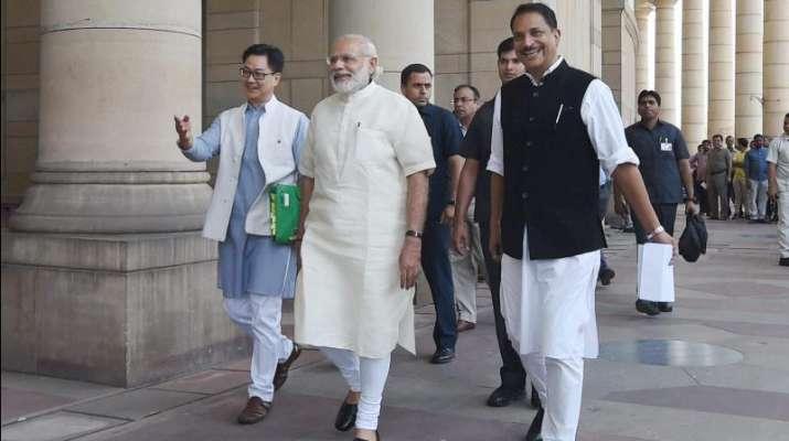 संसद की गैलरी में...- India TV