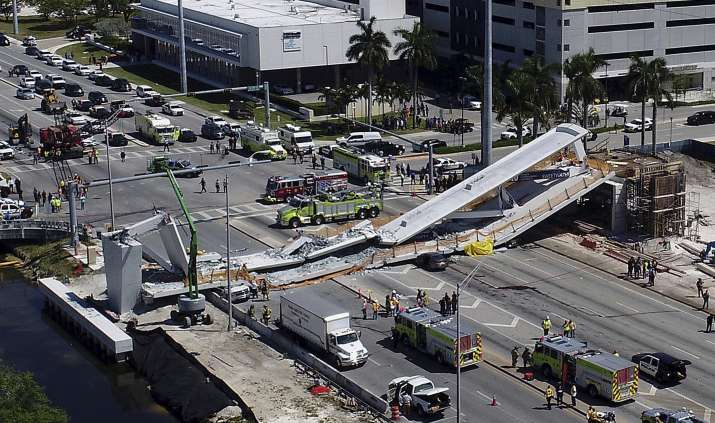 Miami-Bridge-Collapses-at-least-4-dead-many-injured- India TV
