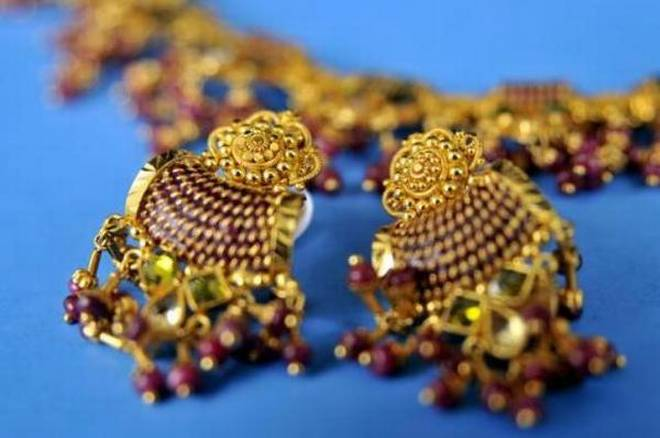 Tanishq to exchange old gold jewellery at market price of...- IndiaTV Paisa