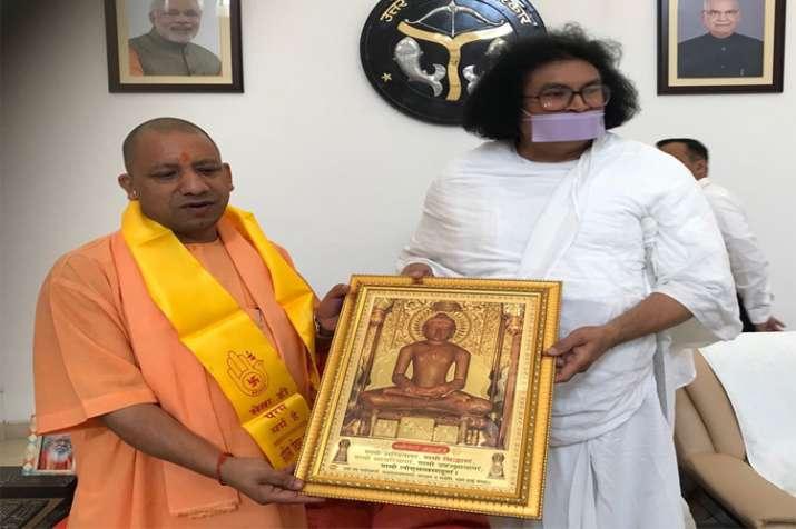 Jain muni acharya lokesh meet cm yogi- India TV