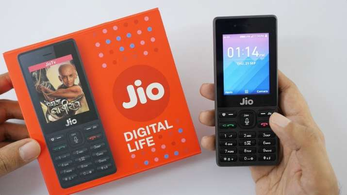 Whatsapp on Jio Phone- IndiaTV Paisa