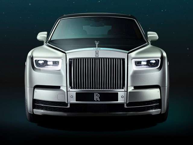 Rolls-Royce Phantom- IndiaTV Paisa