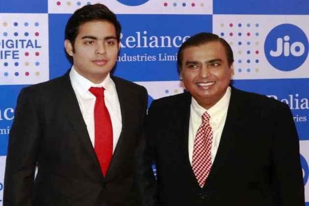 Reliance Industries- IndiaTV Paisa