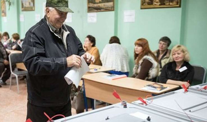 Voting process begins for presidential election in Russia - Khabar IndiaTV