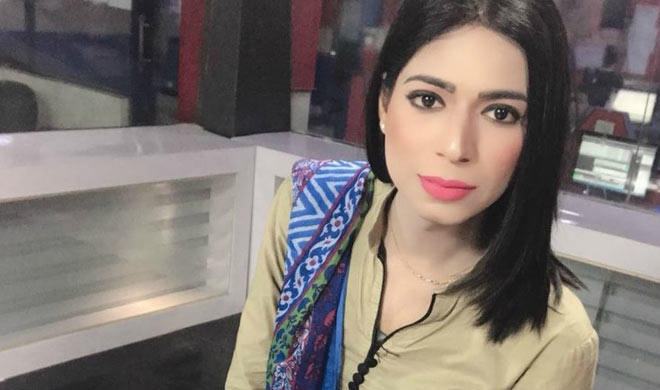 pakistan first ever transgender news anchor- India TV