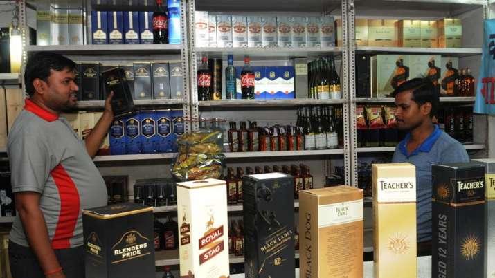 wine shop- India TV Paisa
