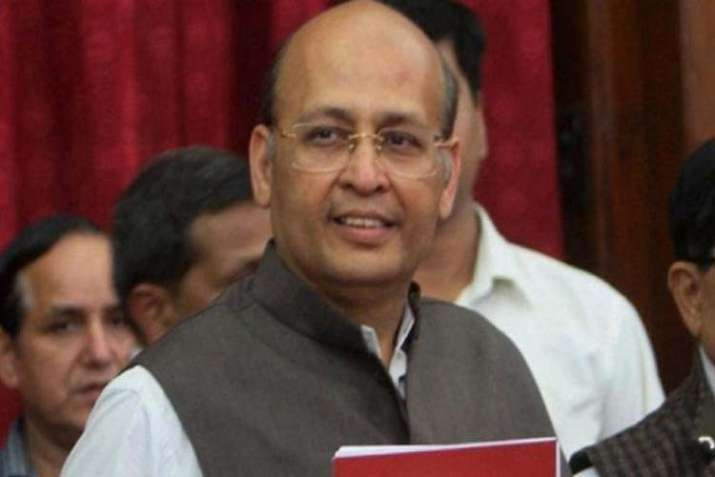 Govt wants to appoint 'own people' in higher judiciary: Cong - India TV