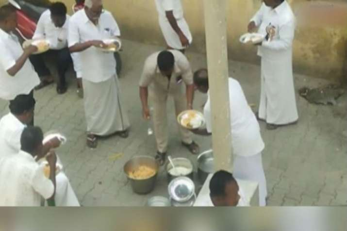 AIADMK cadres seen eating biryani, consuming liquor during one-day hunger strike- India TV