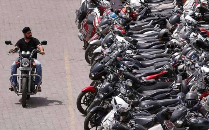 ABS in now mandatory for all two-wheelers in Maharashtra- IndiaTV Paisa