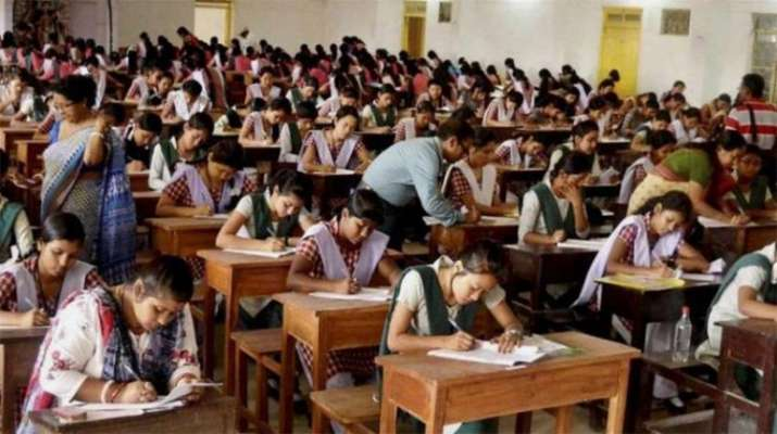 Delhi HC dismisses plea to change date of CBSE Class 12 re-exam | PTI- Khabar IndiaTV
