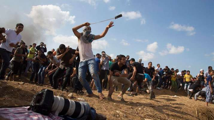 Israeli soldiers open fire on Gaza protesters third week in a row, many injured- India TV