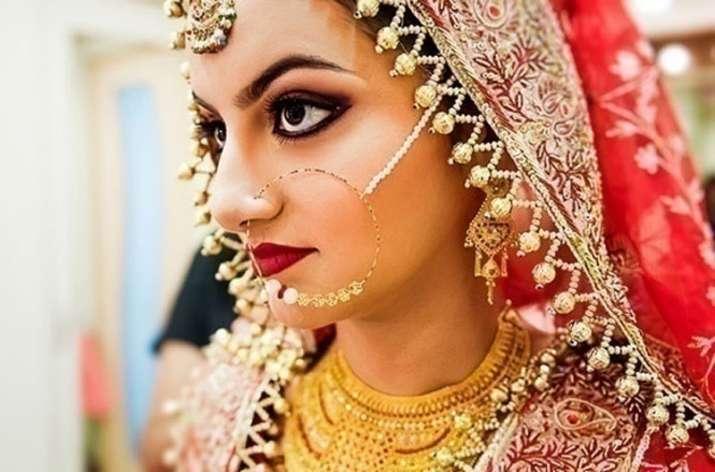 Jewelry sale estimated to rise 20 percent on Akshaya Tritiya- India TV Paisa
