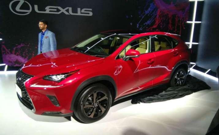 Lexus NS 300h- IndiaTV Paisa