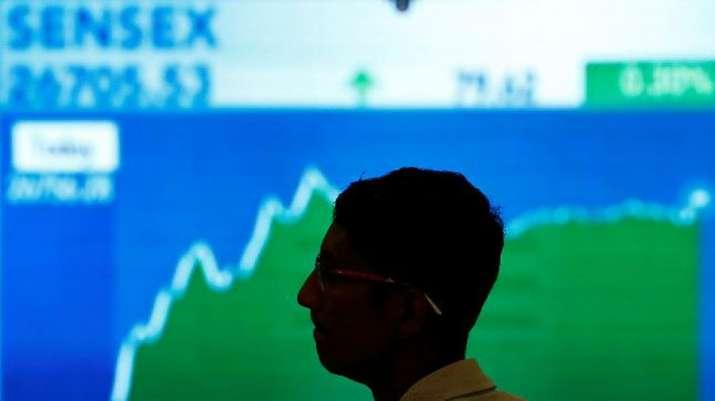 Sensex and Nifty extends - India TV Paisa