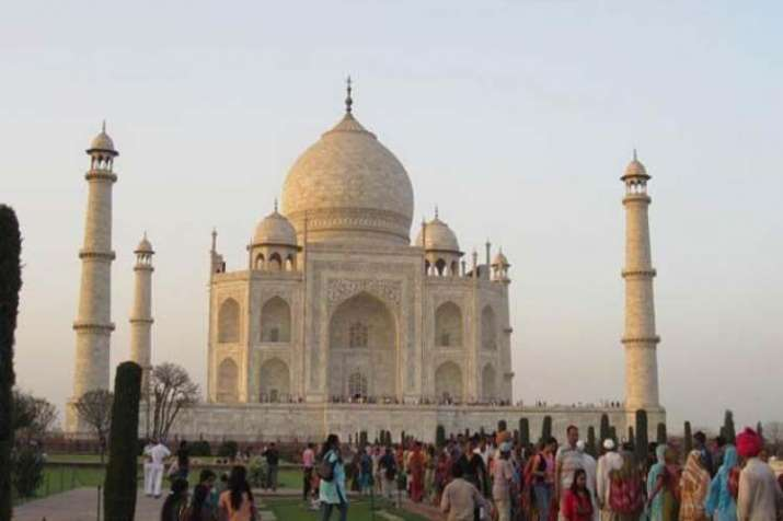 Sunni Waqf Board said, 'Will not claim on Taj Mahal'- India TV