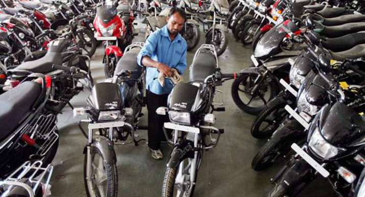 Two-wheeler loans grow 32 per cent in 2017- India TV Paisa