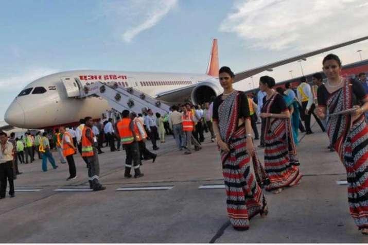 air passengers- IndiaTV Paisa