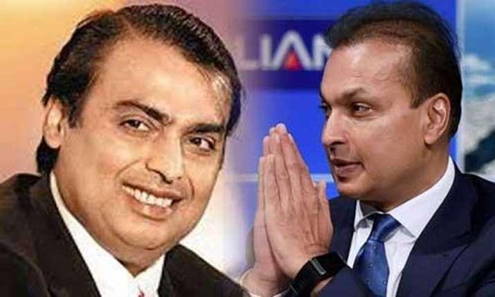 RCom Stock Price rose 100 percent in 15 days - IndiaTV Paisa