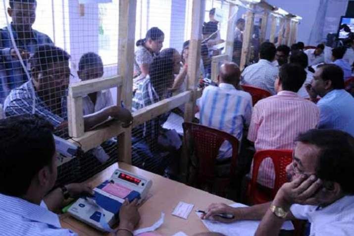 Bengal Panchayat Poll Results: TMC Takes Massive Lead, BJP Second- Khabar IndiaTV