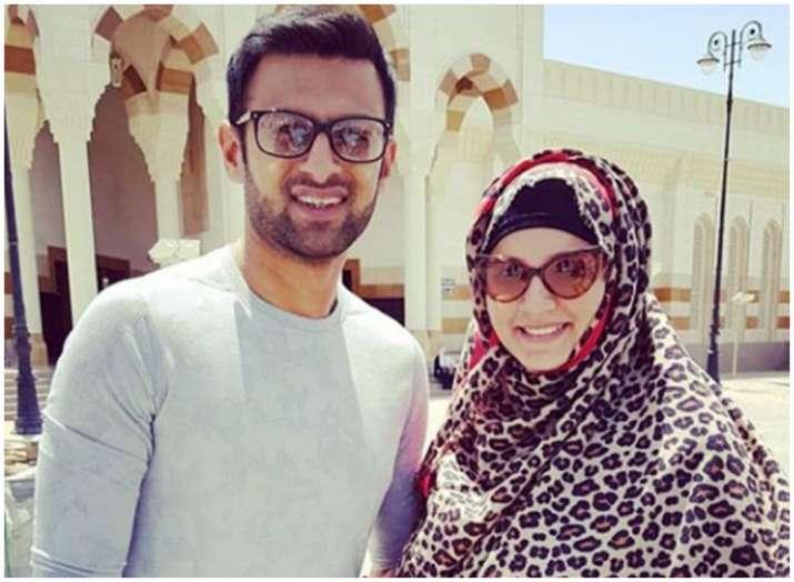 शोएब मलिक और सानिया...- India TV
