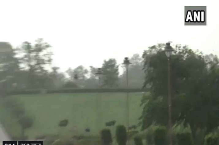 Thunderstorm dehi ncr- India TV