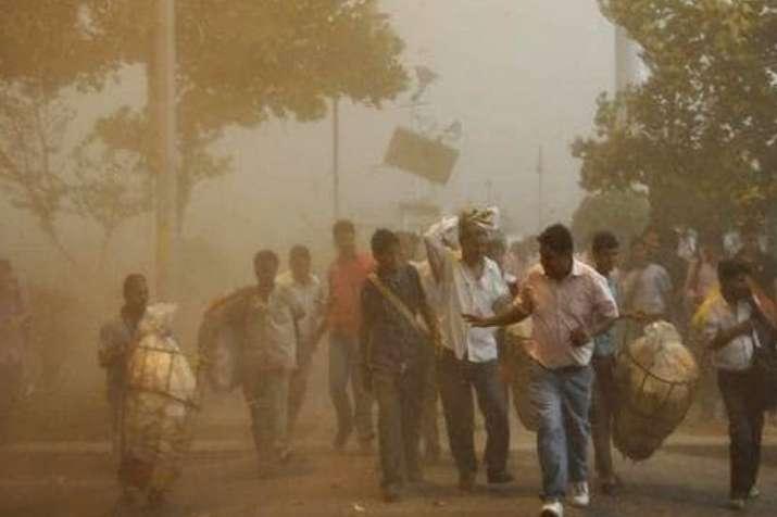 IMD issues fresh thunderstorm, squall warning- India TV