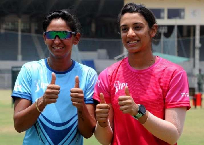 Big Bash League: हरमनप्रीत ने फिर किया सिडनी थंडर्स के साथ करार, नई टीम से खेलेंगी मंधाना- India TV