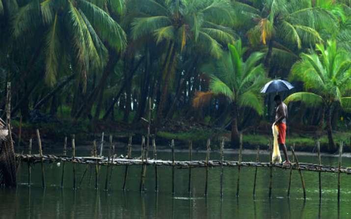 Monsoon likely to hit Kerala coast on May 28th - India TV Paisa
